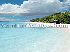 The beautiful lagoon and beach of hotel Lily Beach Resort & Spa Maldives