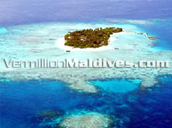 Aerial picture of Makunudu Island Resort hotel Maldives