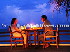 Promises are made, under the moon & stars at Makunudu