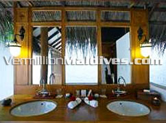 Bathroom of Maldives Medhufushi Beach Villas