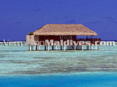 Honeymoon Water Villa – private villa just for the couple privacy