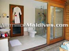 Bathroom of Jacuzzi Water Villa - Meeru Island Maldives Hotels