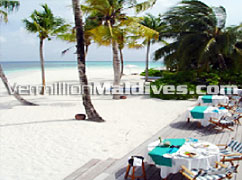 Meals at beach of Mirihi – one of the best Maldives Vacation hotel
