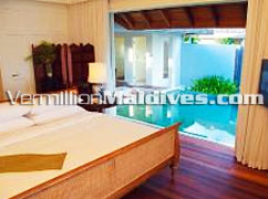 Private & Luxury Maldives hotel for the rich, honeymooners, lovers or celebrities