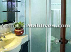Bathrooms with Water Closets in Nalahiya Hotel Beehive Maldives – Hotel in Male