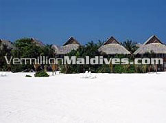 Deluxe Rooms – Affordable cheap accommodations at Olhuveli Resorts Maldives