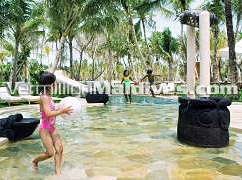 Kids Pool at Reethi Rah Resort Maldives : Get a family Package with Vermillion