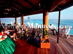 Wine and Dine during Maldives Holidays with the amazing scenery
