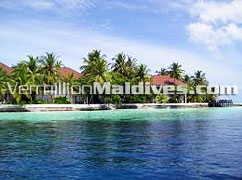 Rooms & Lagoon of the Beautiful & Simple Resort Ranveli Maldives
