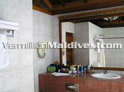 Good Clean Bathrooms in Reethi Villa accommodation