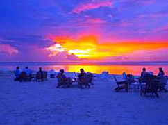 Sunset in Maldives: witness during your Maldives Holiday in Rihiveli