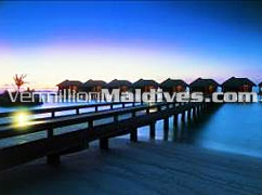 Luxury five star Maldives Sheraton Fullmoon water bungalows
