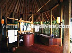 Bath Area of The Retreat - Soneva Fushi Maldives – Intelligent Luxury
