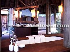 Bathroom of Crusoe Villa - 2 Bedroom accommodations in Soneva Fushi