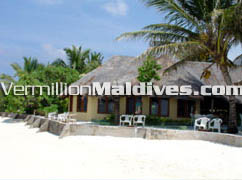Summer Island hotel offers great holiday deals at very attractive rates