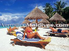 Enjoy your spot in the Sun in Sun Island Resort and Spa Maldives