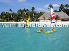 Non Motorised Water Sports in Veligandu Maldives – your Island Hotel Resorts