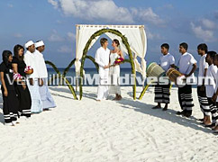 Symbolic Wedding Ceremony organized by Veligandu Island Resort Maldives - Honeymoon Retreat Specially for you
