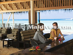 Thundi Bar Veligandu Island Resort Maldives Beach Holidays