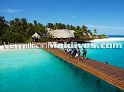 Arrival Jetty of Vilu Reef Beach & Spa – Begin your Holiday here