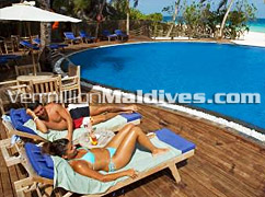 Hotel with pools for you to enjoy -Vilu Reef Beach & Spa - Maldives