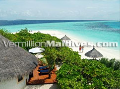 Private Beach Villas in Vilu Reef Beach & Spa – Maldives Hotel