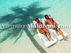 Relax under the Sun – Bath in the Sea - Maldives Resort Vilu Reef has it all