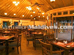 Restaurant - Vilu Reef Maldives - Beach  Resort with good food and Wine