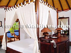 Seductive Luxury Bedroom of Vilu Reef Maldives – A Honeymoon Resort