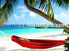 Book and Reserve for your Luxury Sun Bathing on the Beach - W Retreat Maldives
